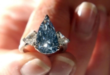 The diamond industry is strategically targeting millennials