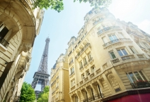 Airbnb to launch upscale rental service