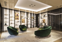 Russia´s luxury market recovers slowly