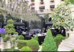 Four Seasons George V courtyard summer