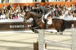 eric-lamaze-and-hickstead-win-le-saut-herm-s-prize-at-paris-horse-show-in-april-2011