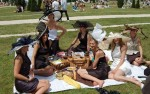 Stylish picnic at Prix de Diane Longines 2011
