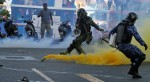 Violent clashes in Maldives (photo NY Times)
