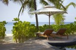 Viceroy Resort Hotel, Maldives - Beach Bungalow - sun deck with private pool and beach access