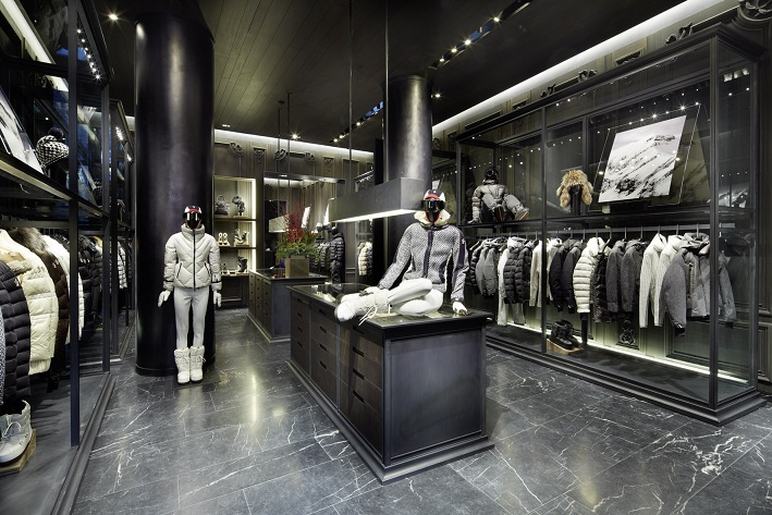 moncler outlets paris