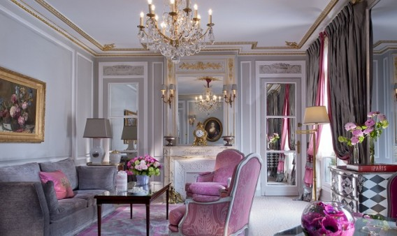 Plaza Athenee Paris Prestige Suite