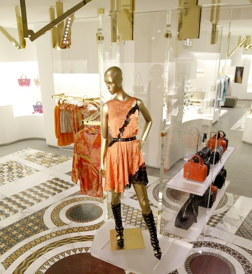 Versace Re Styled Store Avenue Montaigne Paris Cpp Luxury