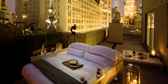 AKA Re Launches The First Outdoor Luxury Bedroom In New York City From 1