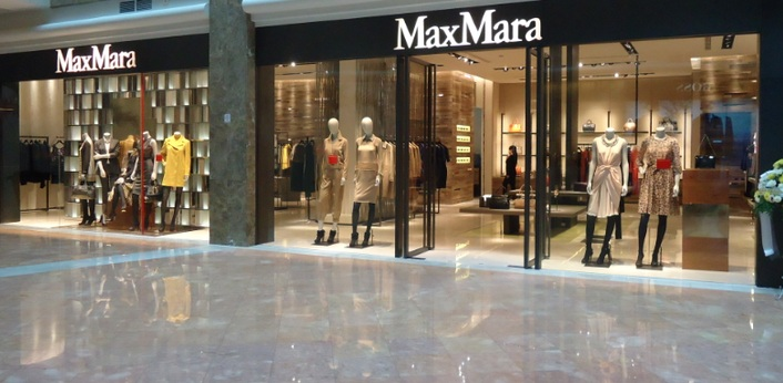 max mara to open at calgary 39 s chinook centre. Black Bedroom Furniture Sets. Home Design Ideas