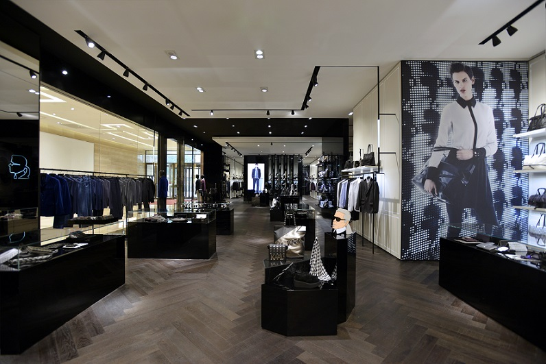 karl lagerfeld enters china with two prominent store. Black Bedroom Furniture Sets. Home Design Ideas