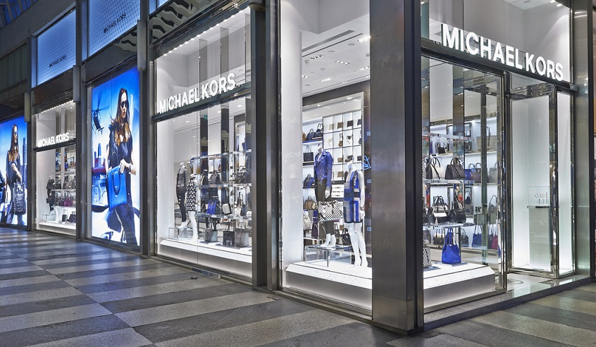 michael kors conquers milan with two new store openings cpp luxury. Black Bedroom Furniture Sets. Home Design Ideas