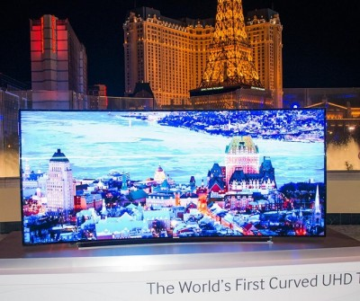 Samsung launches 105-inch curved screen UHD TV