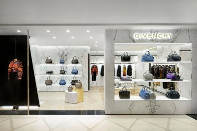 Givenchy store Seoul at Galleria East