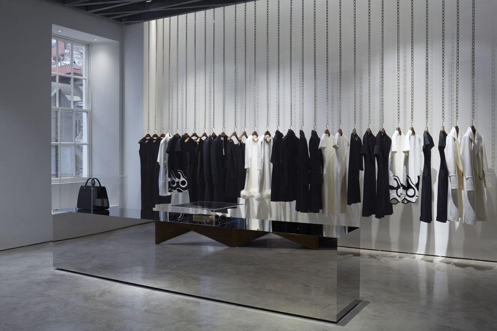 Victoria Beckham opens in London her first flagship store ... Victoria Beckham Eyewear