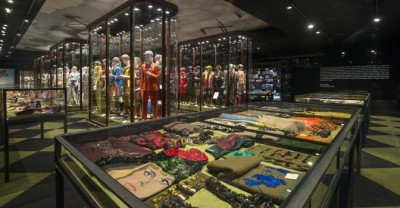Pradashere's stop in Hong Kong brings re-editions of late 90′ collections