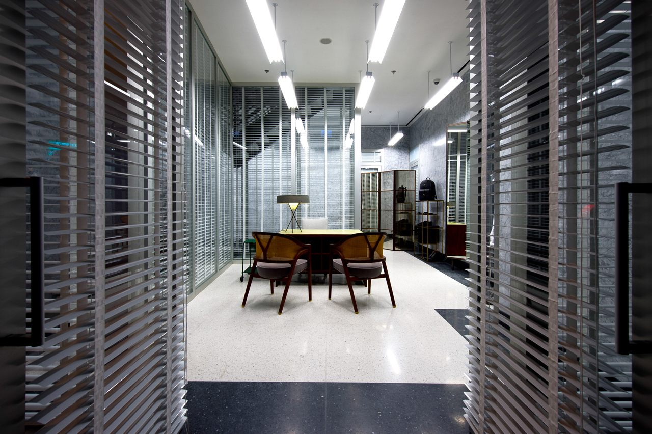 Thom Browne opens first store in Hong Hong CPP LUXURY : browne3 from www.cpp-luxury.com size 1280 x 852 jpeg 889kB