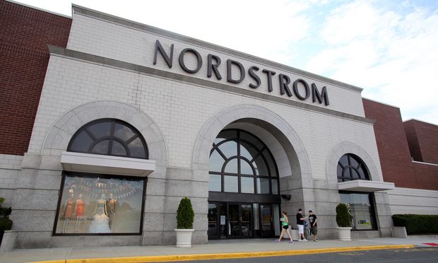 Nordstrom reports decline in 2015 Q1 profit