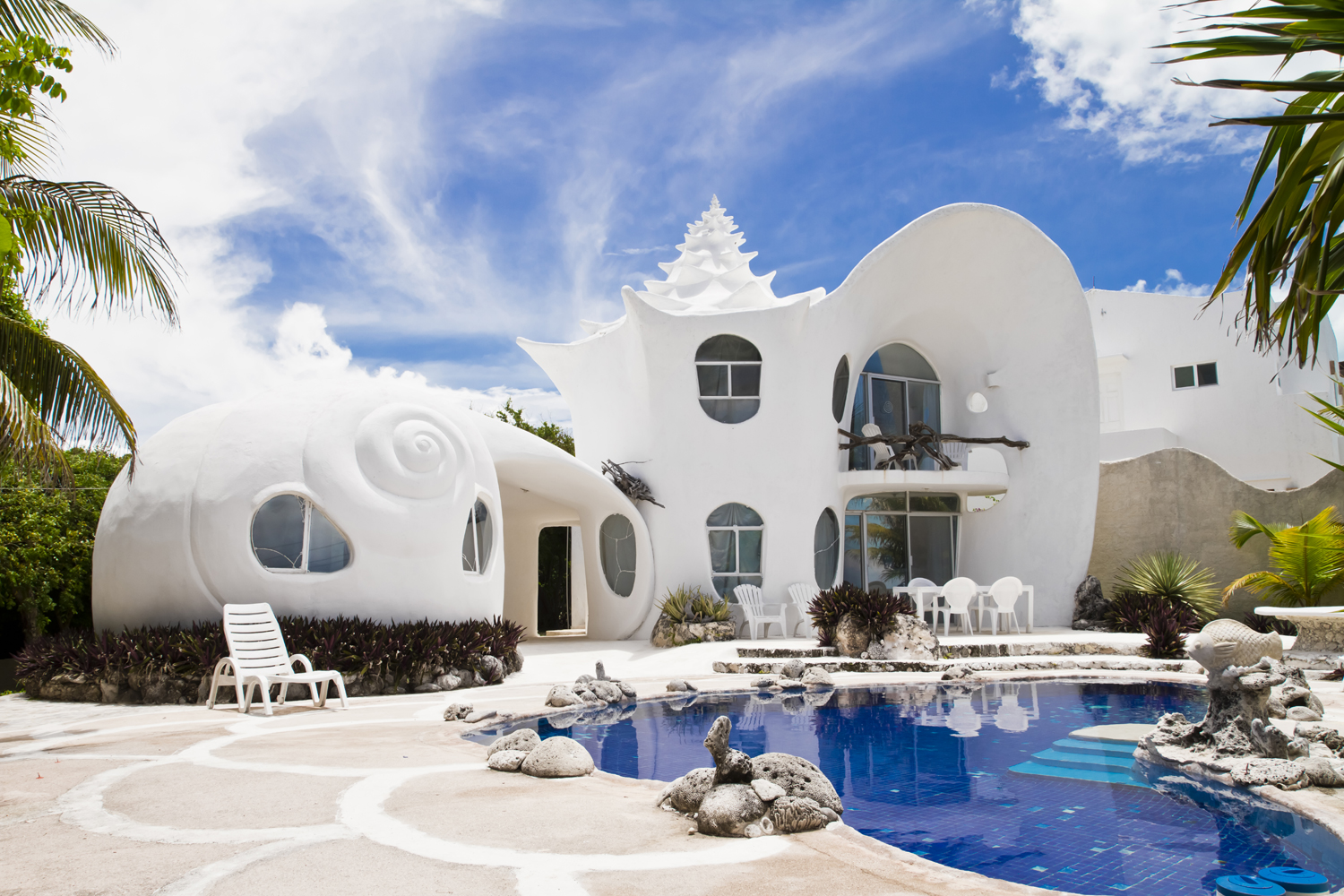 Coolest House In The World 2015 airbnb luxury 2015 listing: the seashell house, casa caracol