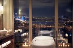 Raffles Istanbul, Suite bathroom