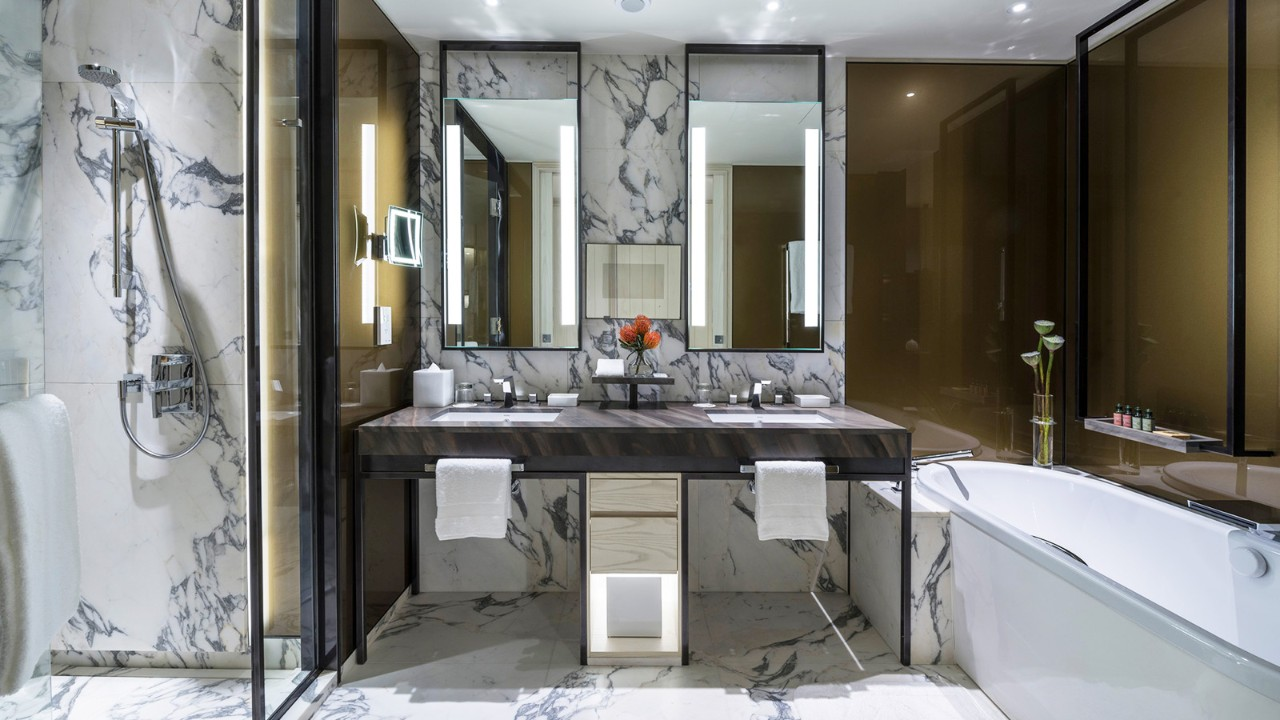 Four Seasons Hotel  Seoul   Suite Bathroom. Four Seasons Hotel Seoul now officially open   CPP LUXURY
