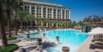 Palazzo Versace Dubai - swimming pool