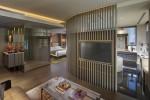 Landmark Mandarin Oriental Hong Kong redesigned suite