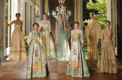 Alberta Ferretti to show for the first time at Paris Couture Fashion Week