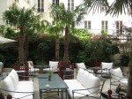 La Réserve Paris - Patio of Courtyard Terrace
