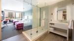 W Bellevue Washington - Cozy Room